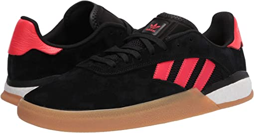 Core Black/Solar Red/Footwear White