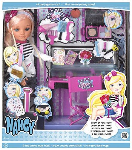 Nancy - Puppe, Ein Tag in Hollywood (Famosa 700013721)