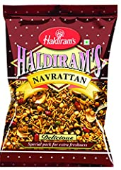 Delicious Hot & Spicy Blend of Savory Noodles, Lentils, Peanuts, Puffed Rice and Sun Dried Potato Chips- Bulk Pack Special Pack for Extra Freshness Zero Cholesterol Product of India