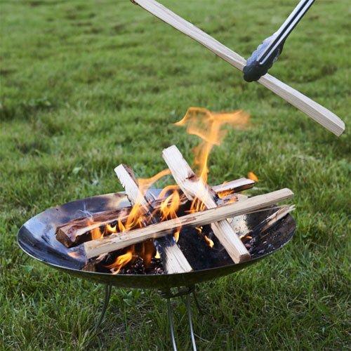 キャンプには必ず持っていきたい!おすすめの焚き火台12選のサムネイル画像