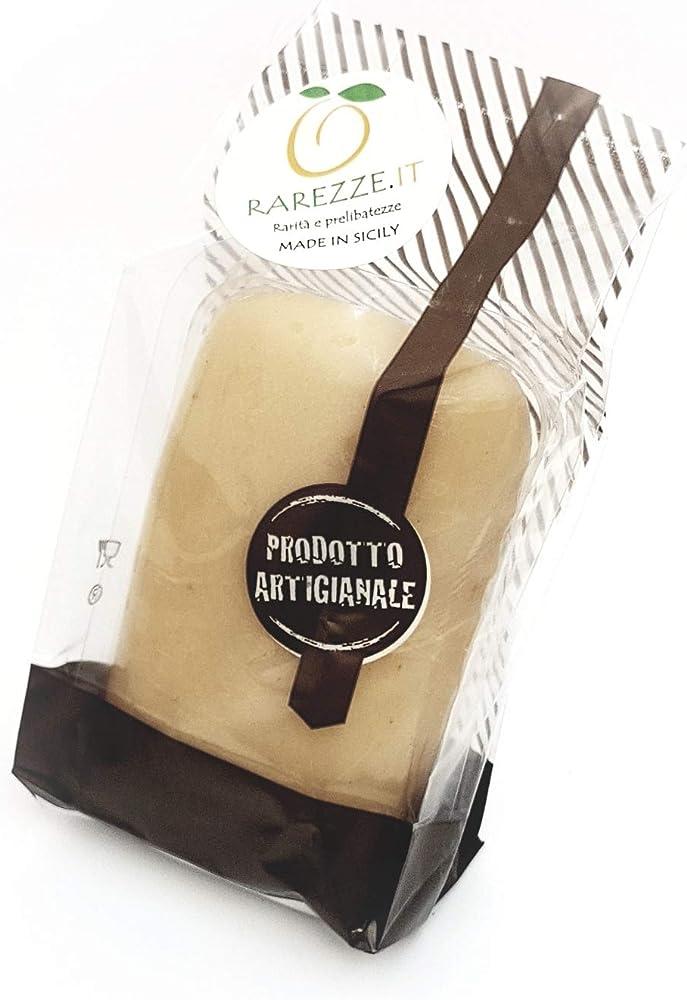 Rarezze,panetto di pasta di mandorle siciliane di prima qualita` (min. 35%) da gr.900.