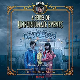 The Wide Window     A Series of Unfortunate Events #3              Auteur(s):                                                                                                                                 Lemony Snicket                               Narrateur(s):                                                                                                                                 Lemony Snicket                      Durée: 3 h et 4 min     6 évaluations     Au global 5,0
