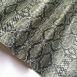 ZAIONE Rollo de tela de piel sintética impresa con patrón de piel de serpiente, 21 cm x 135 cm, material de bolsa de vinilo para manualidades, pendientes, manualidades, costura, material (negro)