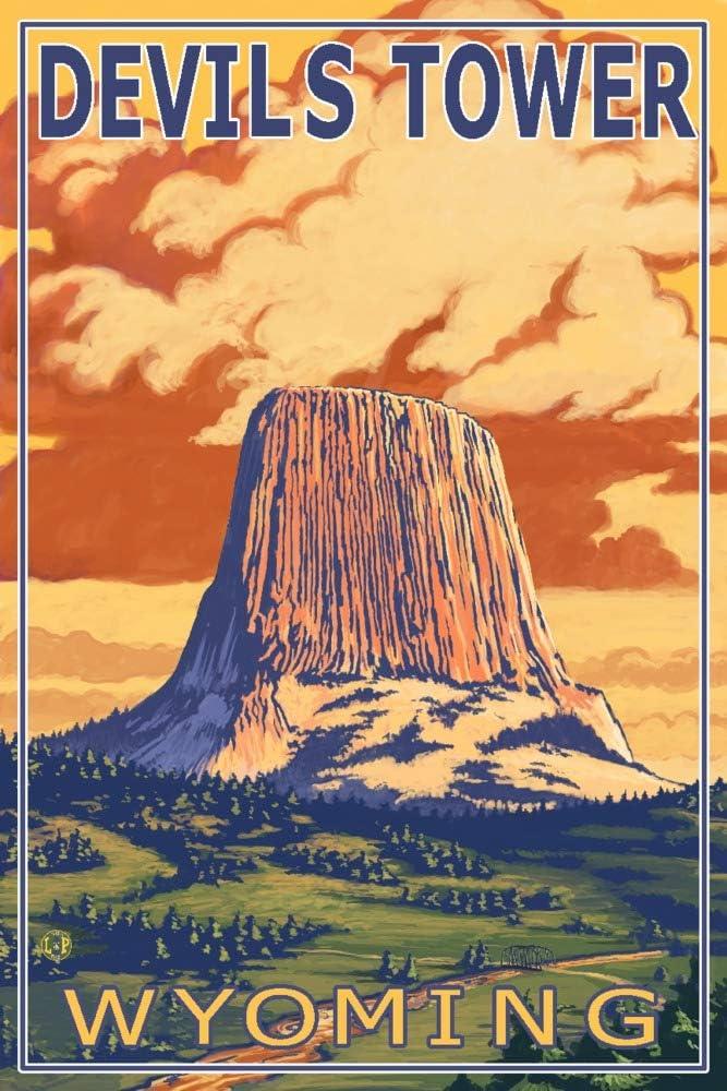 Devil's Tower, Wyoming (9x12 Art Print, Wall Decor Travel Poster