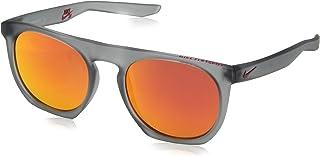 نظارة شمسية فلات سبوت ام باطار رمادي وعدسات ام اي ريد فلاش من نايك، طراز EV1045-016، لون رمادي غير لامع
