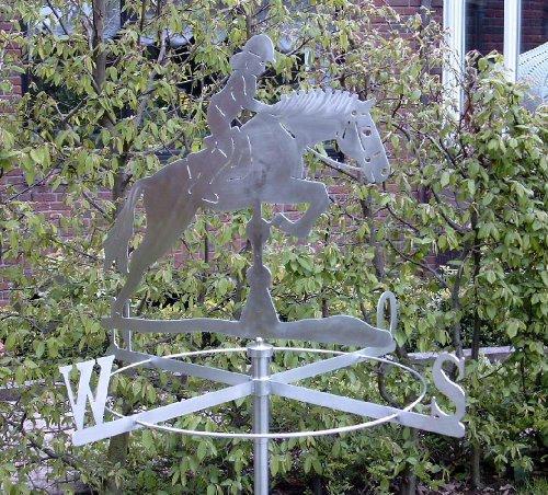 Kleine Wetterfahne Springpferd aus Edelstahl