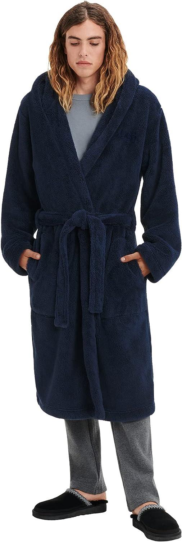 UGG Men's Beckett Robes at  Men's Clothing store
