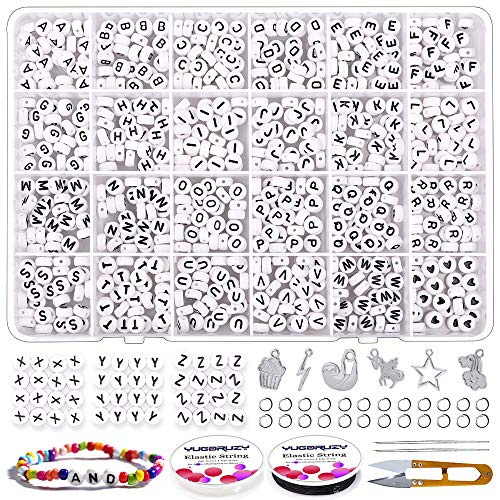 YUGDRUZY Round Letter Beads Kit, 810pcs 4x7mm A-Z Alphabet Letter Beads with Open Jump Rings,Jewelry Pendant,Beading Needle and 2 Rolls of Elastic String for Bracelet and Jewelry Making