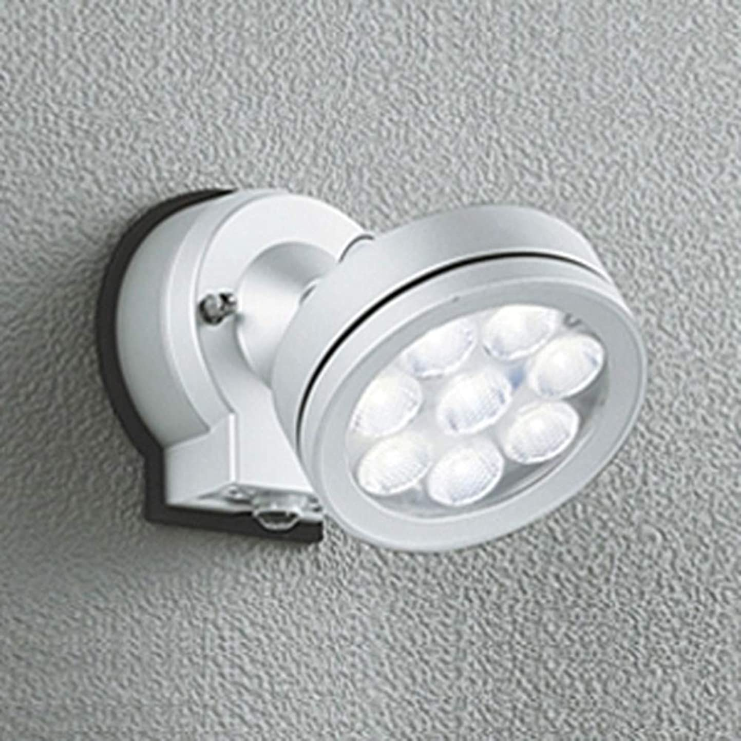 詳細な詩どんなときもオーデリック LEDスポットライト 防雨型 ビーム球150W相当 LED×8灯 電球色 ワイド配光 人感センサ付 マットシルバー OG254216