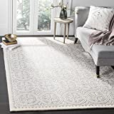 Safavieh Cambridge Collection CAM123D Handmade Moroccan Premium Wool Area Rug, 6' x 9', Silver /...