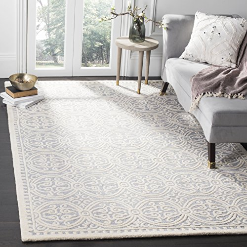 Safavieh Cambridge Collection CAM123D Handmade Moroccan Wool Area Rug, 5' x 8', Silver/Ivory