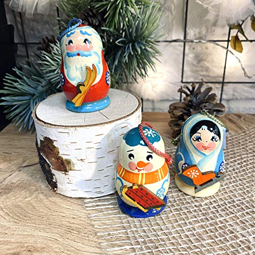 Exclusive Set of Christmas Tree Decorations. Each Toy is lovingly Carved and Painted by an Artist from St. Petersburg.Handmade in Russia by RUS Heritage.
