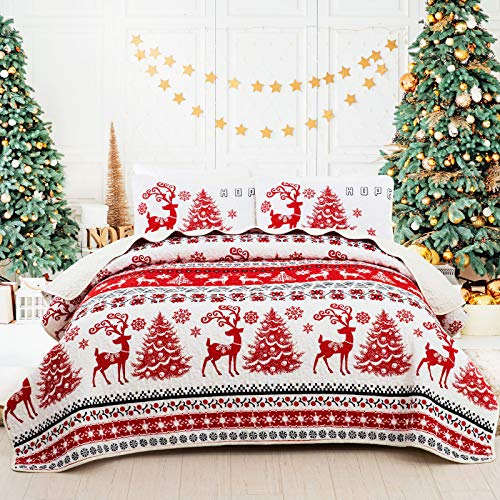 Christmas Quilt Set, Striped Bedspread Reindeer Snowflakes Bedding Set 3 Pieces Quilted Coverlet Set with 2 Pillowcases Elks Christmas Trees Pattern Decor for Queen Bed
