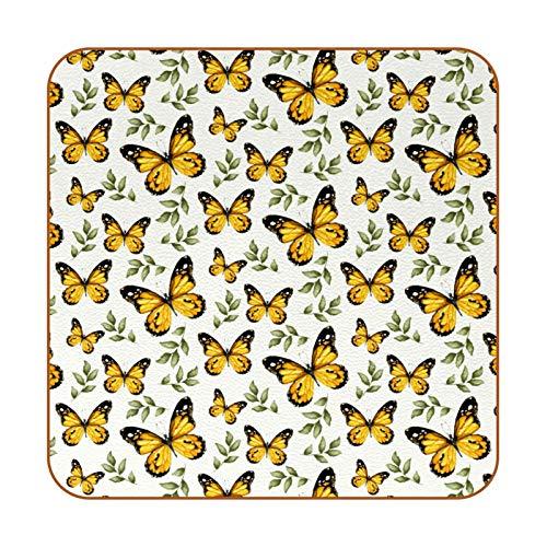 Posavasos retro de piel sintética de mariposas amarillas para bebidas, paquete de 6 posavasos cuadrados para bebidas para el hogar o el bar, regalo de inauguración de la casa