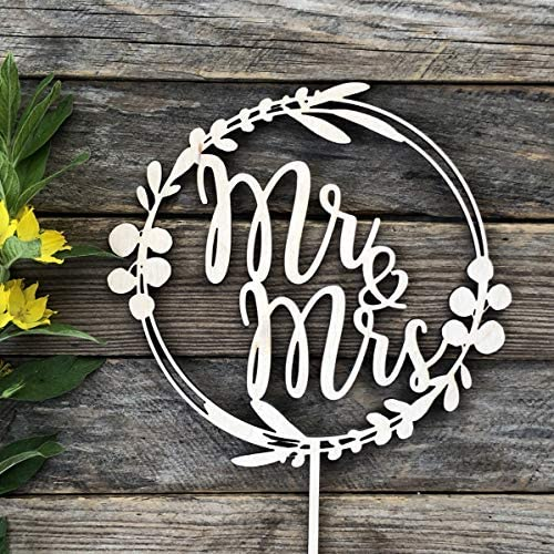 HappyPlywood Mr and Mrs Cake Topper Eucalyptus Wreath for Wedding Wooden Wreath with Leaves product image