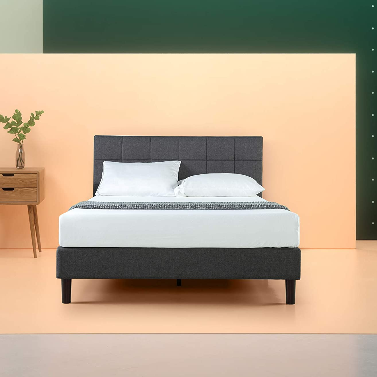 Zinus Lottie Upholstered Square Stitched Platform Bed / Mattress Foundation / Easy Assembly / Strong Wood Slat Support, Twin