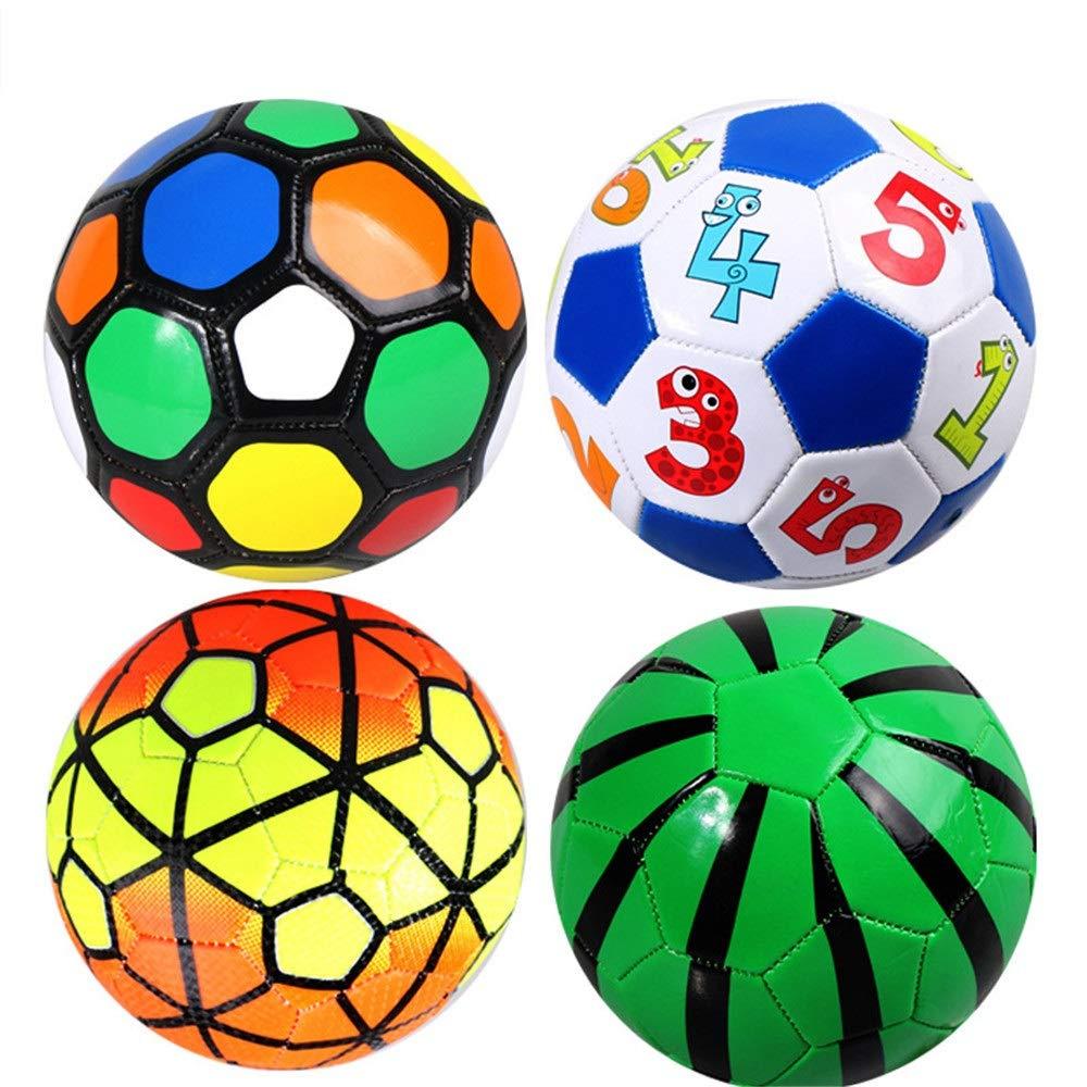 Los niños practican la pelota de fútbol Mini balón de fútbol ...