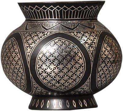 Essentials D/écor Entrada Collection Polyresin Curvy Bottle Shape Vase 24.5-Inch