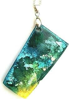 Verde amarillo azul colgante joyería idea de regalo hecho a mano resina collar unisex