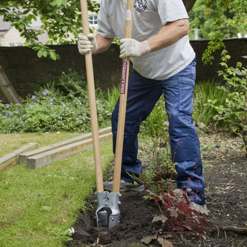 Spear and Jackson Landscaping and Fencing Post Hole Digger