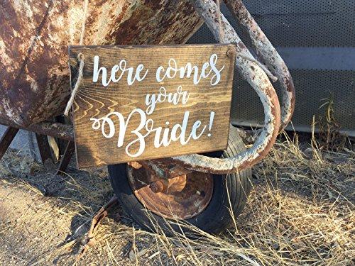 Norma Lily hier Kommt Ihr Braut Hier Kommt die Braut Flower Girl Schild Ring der Kalligraphie Schriftzeichen Rustikal Hochzeit Schild 10x 7