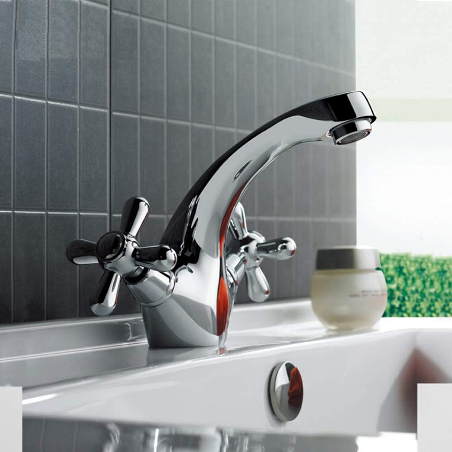 Mzdpp Classic Silver Bathroom Basin Faucet Mixer Toilet Faucet Double Handle Bath Tap Hot and Cold Water Mixer Control