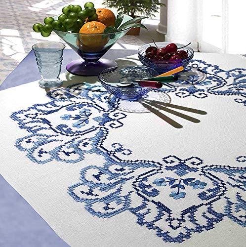 Kamaca Stickpackung Tischdecke Klassische Blumen Kreuzstich vorgezeichnet aus Baumwolle Stickset mit Stickvorlage (Mitteldecke 80x80 cm)