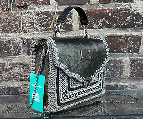 Klassische kleine silber-grau-schwarze echtleder Handtasche Lackierte Schultertasche mit jaccard Muster.Handgemachte Designer-Tasche.Unikat