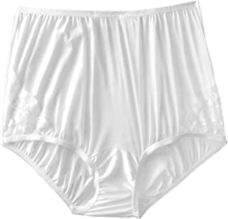 Vanity Fair Women's Perfectly Yours Lace Nouveau Brief Panty Perfectly Yours Lace Nouveau Brief Panty 13001 (pack of 1)