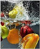 Wallario Sticker/Aufkleber für Kühlschrank/Geschirrspüler/Küchenschränke, Selbstklebende Folie - 65 x 80 cm, Motiv: Früchte im und unter Wasser - Splashing Fruits