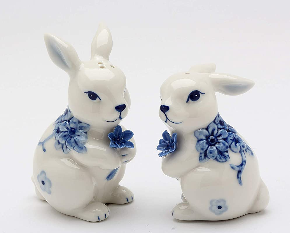 Fine Ceramic Hand Painted Classic Dutch Blue And White Bunny Rabbit Holding Blue Flowers Salt Pepper Shakers Set 3 3 8 H