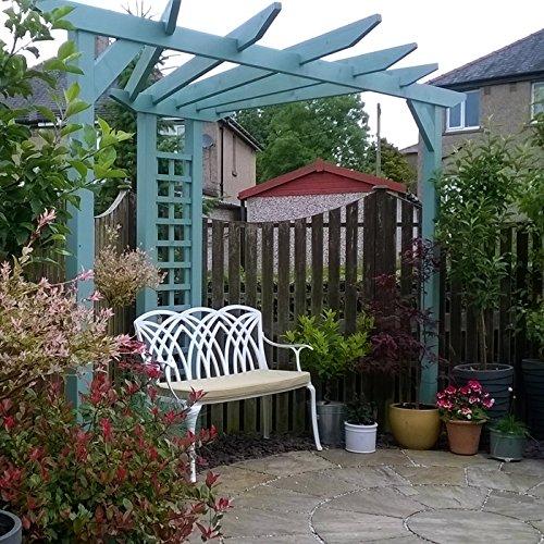 Lazy Susan – SANDRA Quadratischer Kaffeetisch mit 1 APRIL Gartenbank und 2 APRIL Stühlen – Gartenmöbel Set aus Metall, Weiß (Beige Kissen) - 3