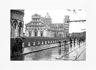 Archivio Foto Locchi Firenze – Stampa Fine Art su passepartout 40x30 cm – Immagine di ciclisti del Giro della Toscana a Pi...