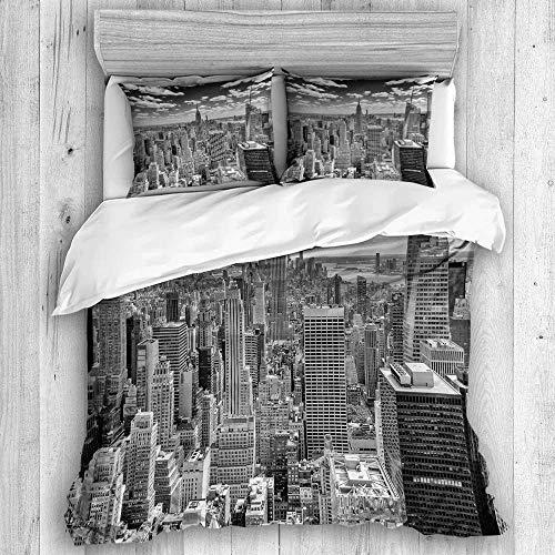 Funda nórdica, Nueva York: alrededor de mayo de 2013 El horizonte de Nueva York dominado por el Empire State Building, alrededor de mayo de 2013, con el juego de funda de edredón Hidden Hotel Quality