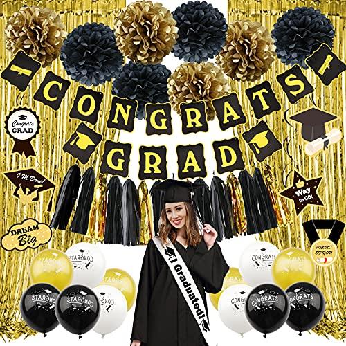ZERODECO - Suministros para fiesta de graduación 2021, decoración de graduación color negro y dorado, bandera de felicitación Congrats Grad, espirales colgantes, pompones de...