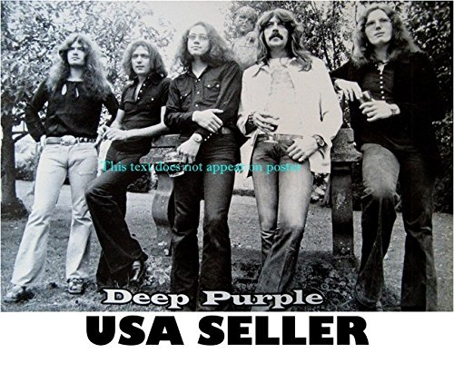 Deep Purple all standing b&w POSTER 21 x 14.5 Ian Gillan early 70s heavy metal pioneers (sent FROM USA in PVC pipe)