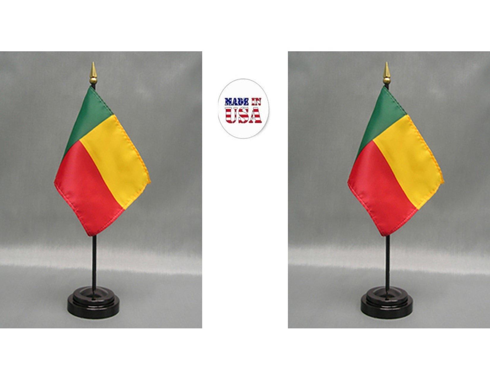 Fabricado en EE. UU. 2 banderas de rayón de 10 x 15 cm para escritorio de