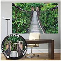 GREAT ART XXL Póster – Puente Colgante – Decoración Mural Selva Paisaje Naturaleza Aventura Puente Selva Bosque Puente De Madera Cartel Bosque Verde 140 x 100 cm