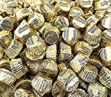 Sunny Island REESE'S Miniatures Peanut Butter Cup Milk Chocolate Candy Gold Foil Wrap, 2 Pound Bag