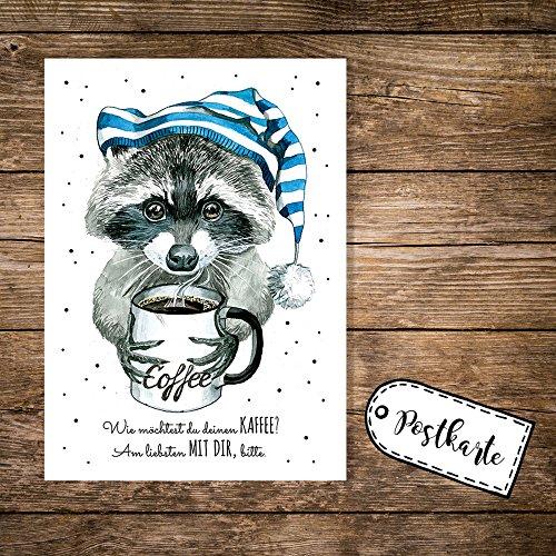 ilka parey wandtattoo-welt® A6 Postkarte Karte Waschbär mit Schlafmütze Kaffeebecher und Spruch Kaffee? Am liebsten mit dir pk10