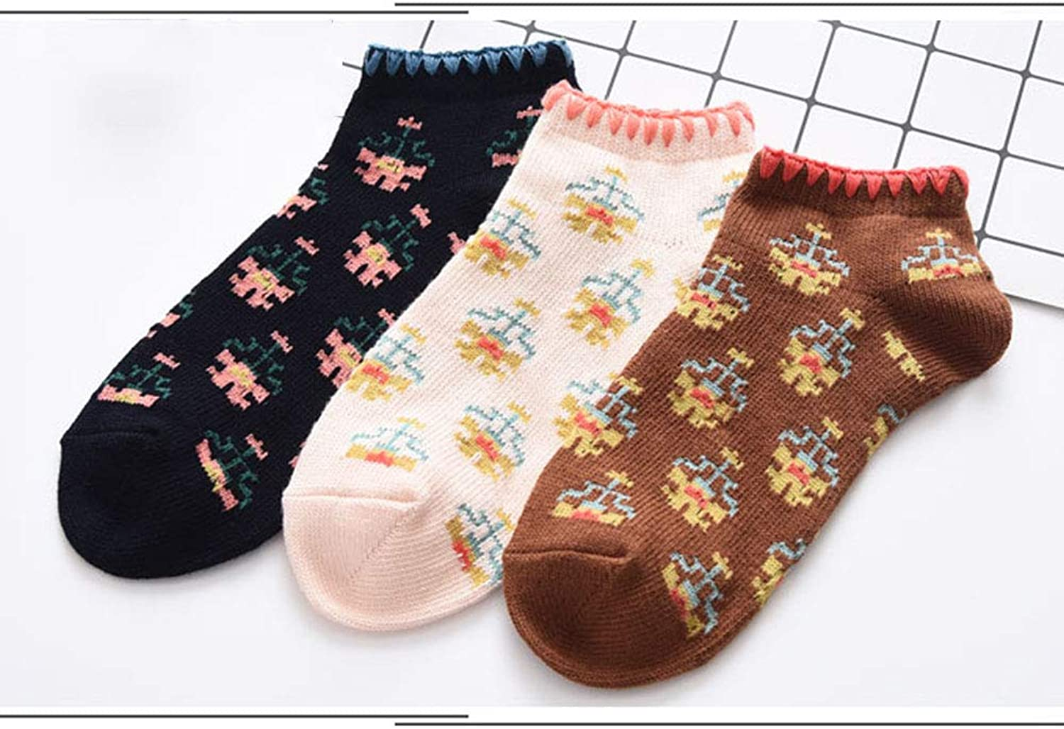 Socks 3 Pairs of Socks Fashion Casual Cotton Socks Knit Retro Nostalgic Woven Flower Socks