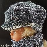 Set für eine Puppe: Basecap (Umfang: 30 cm) und Loop im Farben- Mix von Wollweiß, Weißgrau, Grau...
