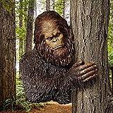 Bigfoot Tree Hugger Garden Decor, Funny Yeti Outdoor Decor Garden Sculpture Statue for Tree Face Decoration Yard Art Garden