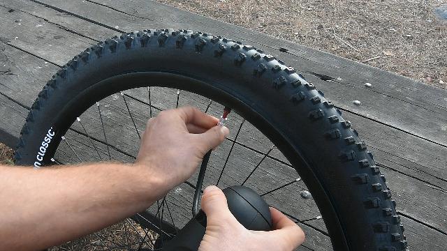 Sumnacon 2 Motorcycle Wheel Rim Protector Concrete Grey
