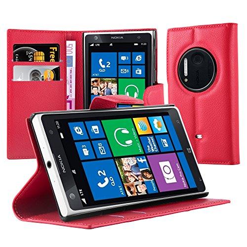 Cadorabo Custodia Libro per Nokia Lumia 1020 in Rosso Carminio - con Vani di Carte, Funzione Stand e Chiusura Magnetica - Portafoglio Cover Case Wallet Book Etui Protezione