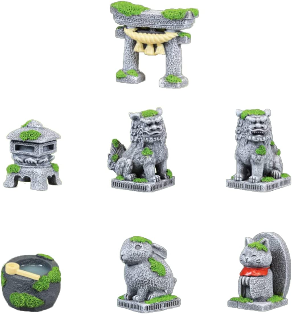7 PCS Miniatures Figurines Kit, Japanese Pagoda Lantern Fu Foo Dogs Torii Gate, Zen Garden Accessories, Mini Ornaments for Outdoor Moss Landscape Bonsai Garden Decoration