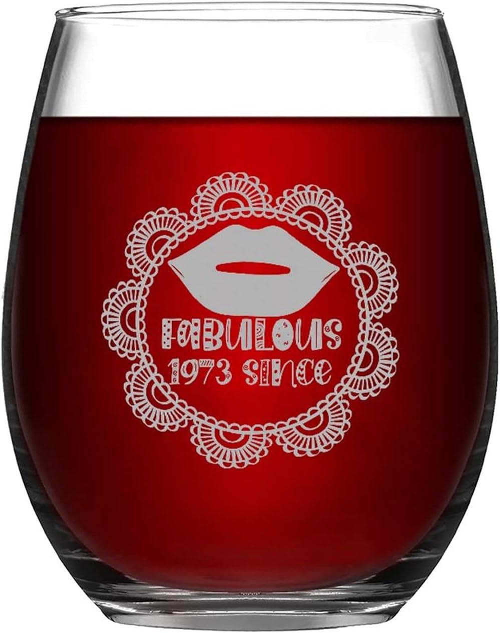 Divertido vaso de vino sin tallo, fabuloso 1973 desde 11 onzas, copa de vino para amantes del vino, taza de regalo de cumpleaños grabado con cita esmerilada para amigos, vecino, mamá, papá, hija