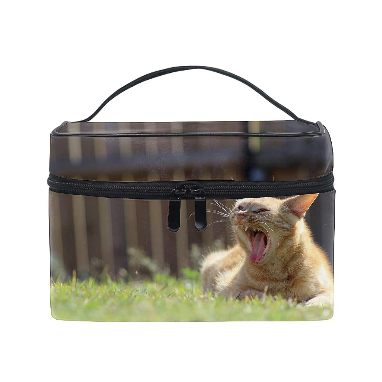 給料韓国語隠された猫動物草フィールドあくびの深さ収納バッグ コスメポーチ 化粧ポーチ 洗面用具入れ トラベルポーチ 旅行 出張 収納 コスメバッグ コンパクト 超軽量