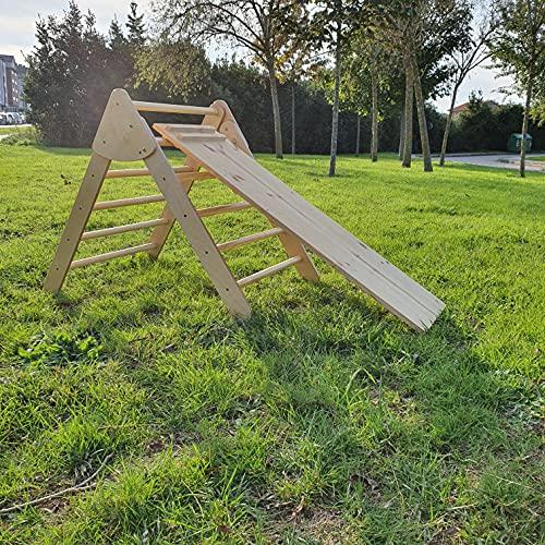 Triángulo pikler plegable. Fabricado artesanalmente en Asturias. (Con rampa en madera natural sin tratar)