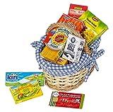 Polly Kaufladen Zubehör Set Blauer Weidenkorb gefüllt mit Miniaturen | Kinder Spielzeug für den Kaufmannsladen | Kinderkaufladen